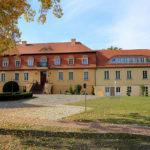 Blick vom Schlosshof auf das Gebäude